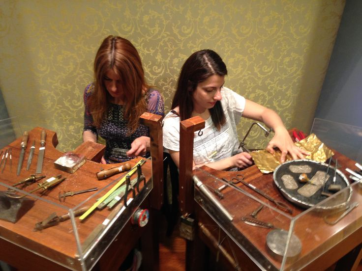 Artist Jewelry Resident Program