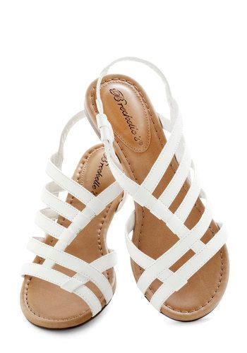 LOVE these!!! I think these might just be my summer sandal.. now if only they would get them back in stock! :)