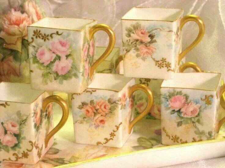 Square roses cups