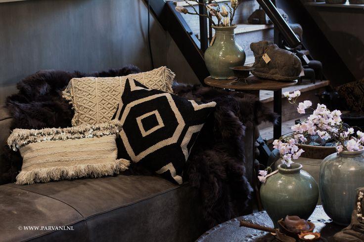 322 beste afbeeldingen van parvani winkel amsterdam - Kussen bont grijs ...