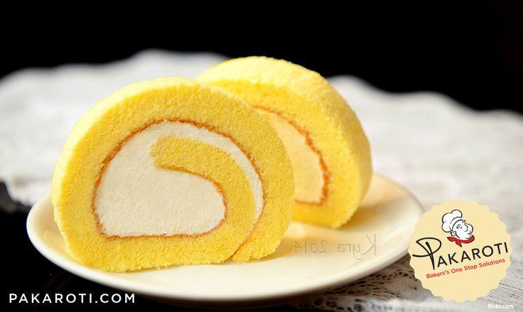Khusus untuk membuat roll cake, pilihlah loyang yang sesuai yaitu dengan ukuran tinggi antara 3 - 5 cm. Jika loyang terlalu tinggi, cake akan kering bahkan hangus. Cake yang kering akan mudah pecah sewaktu digulung. #BakingTips