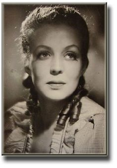 Helena Kara was born on August 16, 1916 in Salo, Finland as Aini Helena Dahl. She was an actress, known for Valkoiset ruusut (1943), Countess for a Night (1945) and Rosvo Roope (1949). She was married to Hannu Leminen. She died on February 26, 2002 in Helsinki, Finland.