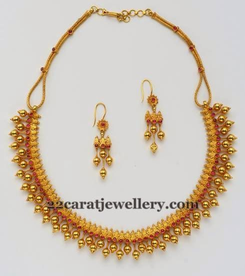 Simple necklaces with hoops simple necklace jewel and for Simple gold ornaments