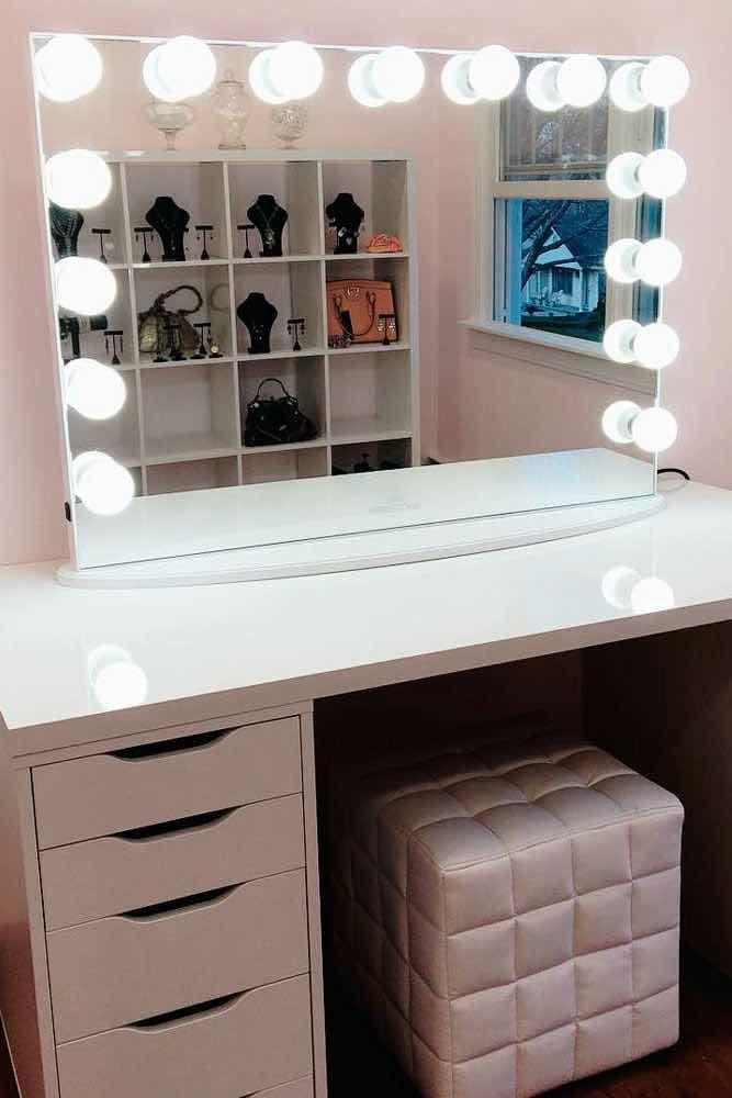 31 Fascinantes Tocadores Con Espejo De Luces Que Te Encantaran