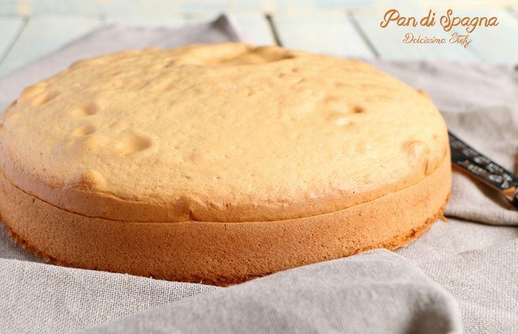 Prepariamo insieme il Pan di Spagna perfetto per farcirlo con diverse creme. Farlo è molto semplice, basta seguire semplici passaggi.