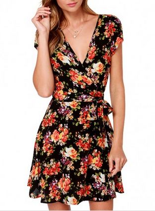 Floral Print Dress Summer Flower Dresses / Vestidos de Verano http://noviaticacr.com/8-black-friday-deals-para-un-look-fresco-y-veraniego/ #BlackFriday #BlackFridayDeals