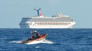 Ακυβέρνητο κρουαζιερόπλοιο, ρυμουλκείται στην Αλαμπάμα των ΗΠΑ