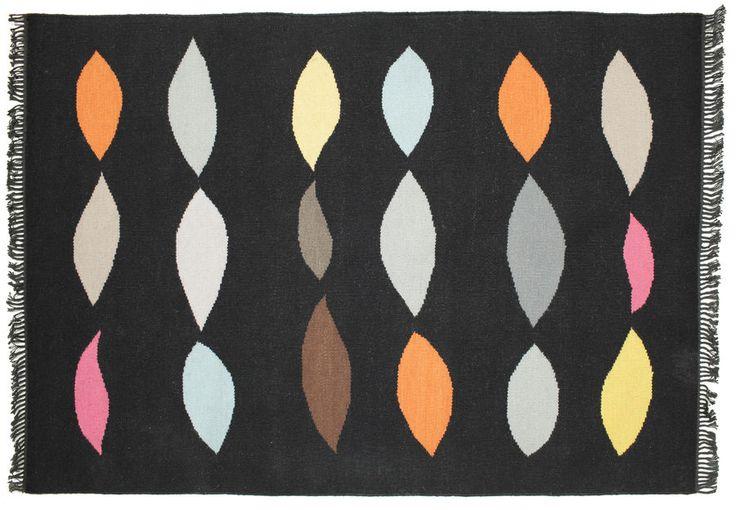 Dywan Larra, tkany ręcznie, grubość ok. 5mm, wełna. Wymiary: 140*200 Cena: 750 zł nordicdecoration.com