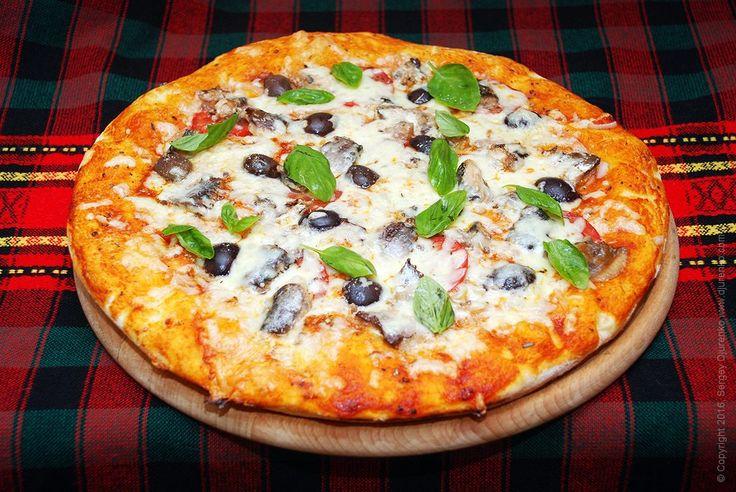 Пицца с рыбой - готовится с консервированными сардинами