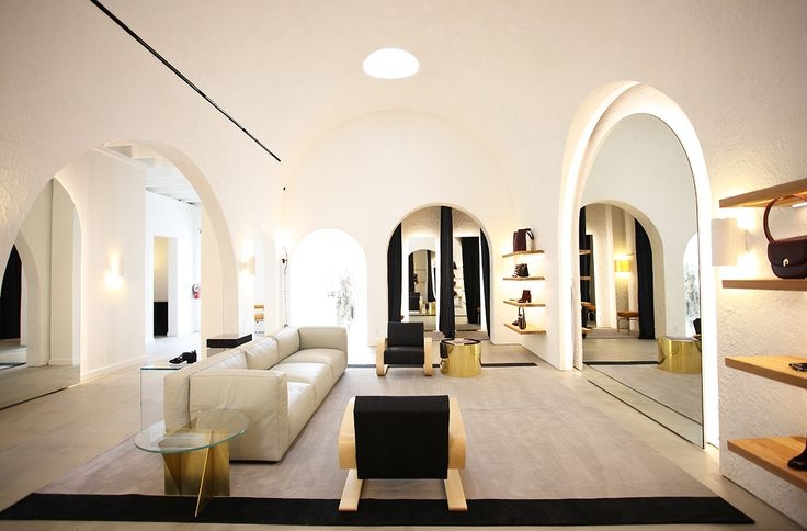 Zimmermann Melrose Place. Store design by Meacham Nockles McQualter.
