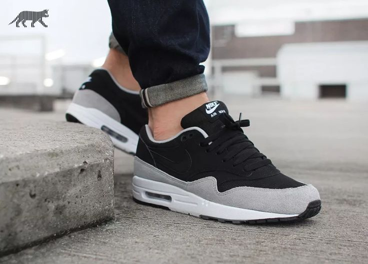 Nike Air Max 1 Essential (Black / Black - Flint Silver)