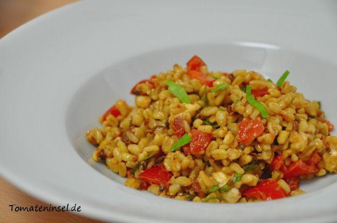 Lauwarmer Ebly-Salat Tomateninsel |