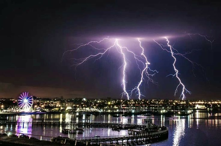 Geelong's amazing light show on the waterfront