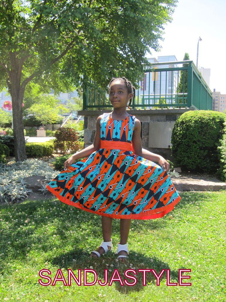 robes fillettes 5-6 ans deux tons orangés.