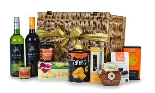 Gluten free Gift Hamper - Highland Fayre Artisan Hampers: Find out more at: http://scripts.affiliatefuture.com/AFClick.asp?affiliateID=327716&merchantID=4675&programmeID=12149&mediaID=0&tracking=&url= #Food Hampers #Food Baskets #Scottish Hampers