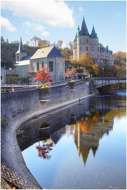 Las diez ciudades más bellas de Bélgica La pequeña y encantadora ciudad medieval de Durbuy en Bélgica.