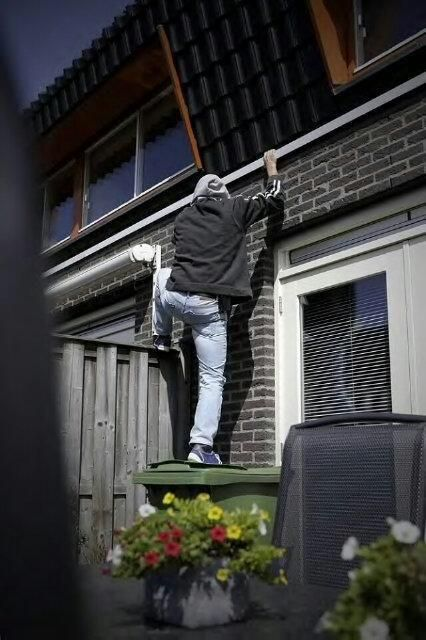 Maak het inbrekers moeilijk en haal klimmateriaal rondom uw woning weg
