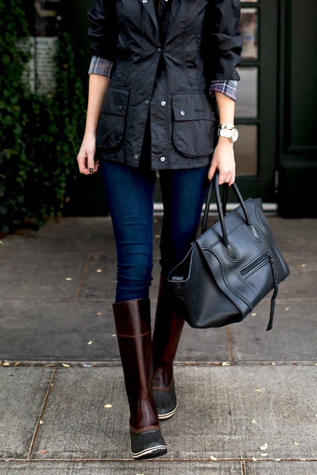 Plaid sleeve jacket and brown Sorel boots