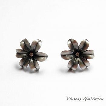 Kolczyki srebrne hiacynty na sztyftach w www.galeria.sklep.pl #srebr #kolczyki #earrings