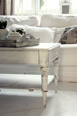 love the table: Living Rooms, White Living, White Sofas, White Coffee Tables, Shabby Chic, Distressed Coffee Tables, Tables Trays, White Vintage, Swedish Decor