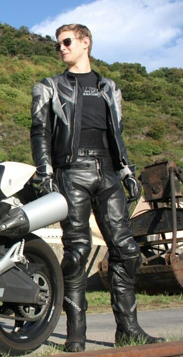 from Ayden recon gay website for leather