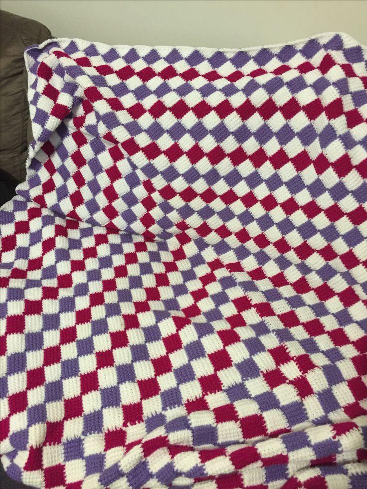 Entrelac blanket crochet