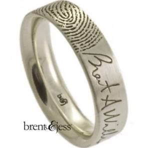 Signature Ring with Single Fingertip Print
