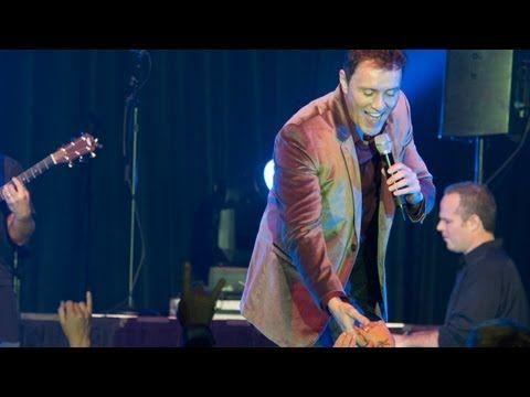 "Lorenzo Antonio - ""Save The Last Dance For Me"" - YouTube"