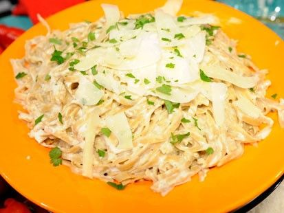 Fettuccini Alfredo Change recipe to: 1C veggie broth 1C Greek yogurt 1C grated Locatelli (reserve little less than 1/4c  of that to sprinkle on top)   Added shrimp &used Borilla gluten free pasta.  Thick bodied sauce with lots of flavor :)
