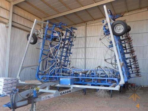 2004 GASON SCARITILL AIRSEEDER - http://www.machines4u.com.au/browse/Farm-Machinery/Planting-Seeding-Tillage-194/Airseeder-1082/