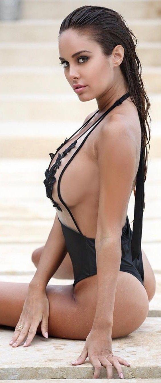 italian sexy woman bikini