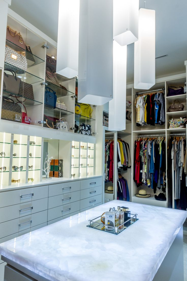 A Luxurious Dressing Room For Shoe Lovers And Accessory Fanatics By Closet  Factory   Houston.