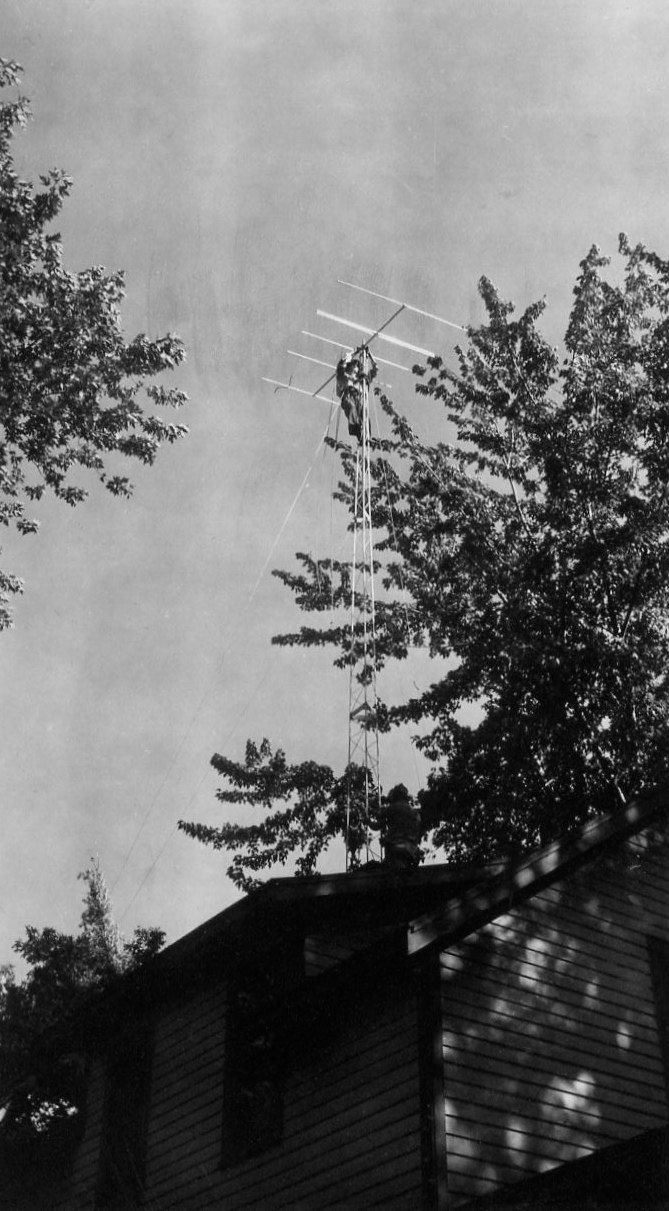 Vintage Photo..The Television Antennae 1950's, Original Photo, Old Photo Snapshot, Vernacular Photography, American Social History Photo by iloveyoumorephotos on Etsy  ****Actually it look more like a 6 or 11 meter radio antenna.****-sgs