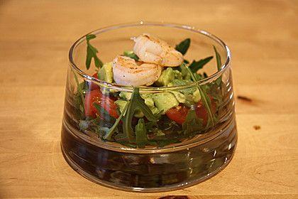 Tomaten-Avocado-Salat mit Garnelen 1