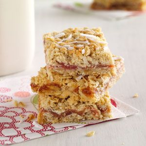 Just made these but substituted strawberry Jell-o for the cornstarch! Rhubarb Oat Bars Recipe