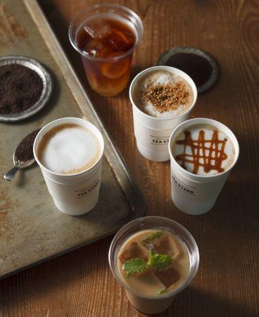 """アフタヌーンティーに""""セルフカフェ"""" 紅茶をより手軽に楽しめる「ティースタンド」が登場"""