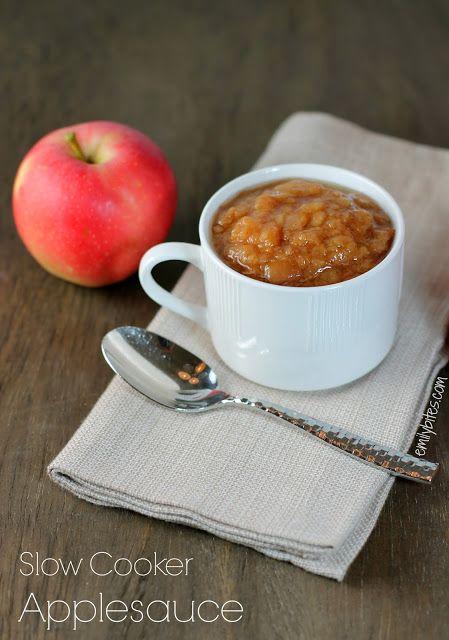 Emily Bites - Weight Watchers Friendly Recipes: Slow Cooker Applesauce -NO SUGAR!!!