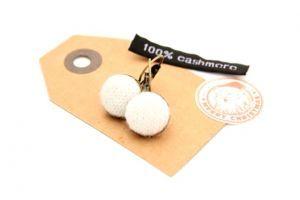 Kasmír francia kapcsos fülbevaló - fehér 001-023-000-001 - fércművek webáruház - Termék