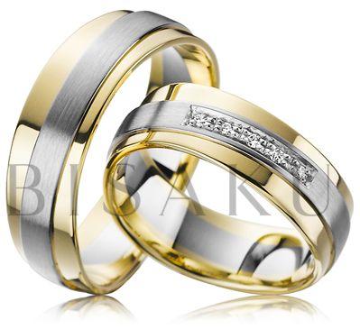 A38 Dynamičnost, souhra dvou druhů zlata. Tímto dojem působí tyto neobyčejné snubní prsteny, které mimo jiné, zaujmou výrazným zvlněním krajů obou prstenů a profilovým vyvýšením bílé části. Do dámského prstenu je zasazeno pět briliantů čtvercového tvaru. #bisaku #wedding #rings #engagement #brilliant #svatba #snubni #prsteny