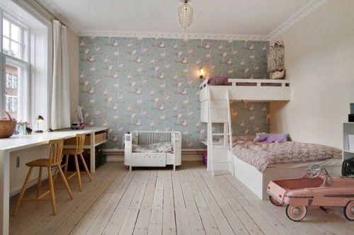 Qué chula la colocación de las camas...  10 Habitaciones infantiles con Papel Pintado