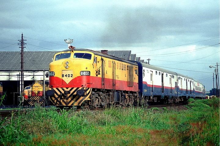 M.L.W. FPD7 8402 tren nro. 1571