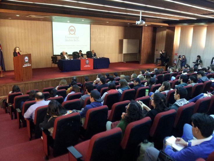 Seminario Confianza, Democracia - Campus Bellavista