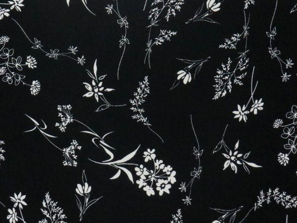 Tissu Crepe Satiné Noir Imprimé Fleurs en vente sur TheSweetMercerie.com  http://www.thesweetmercerie.com/tissu-crepe-satine-noir-imprime-fleurs,fr,4,TCTPE5601807.cfm