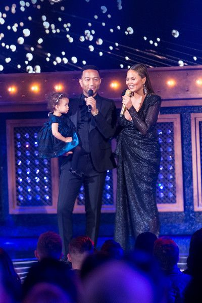 Chrissy Teigen Photos - Chrissy Teigen and John Legend at the Lip Sync Battle LIVE: A Michael Jackson Celebration at Dolby Theatre on January 18, 2018 in Hollywood, California. - Chrissy Teigen Photos - 50 of 8233