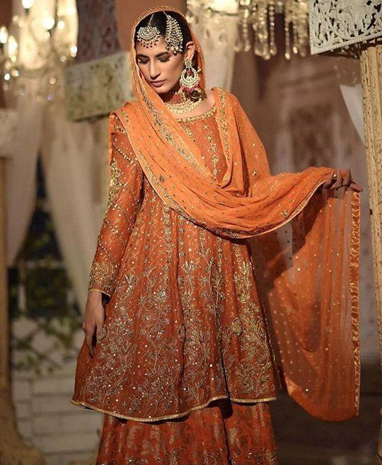 Type Notes! Ranya By Ansab Jahangir Ups The Ante! – Secret Closet