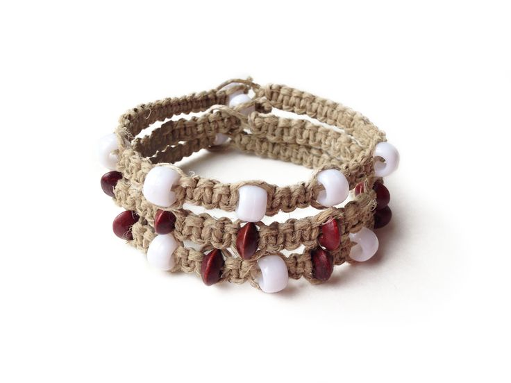 PERFECT BEACH: Natural Hemp Cord with White and Wood Seed Beads