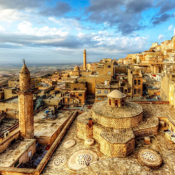 """490 Beğenme, 8 Yorum - Instagram'da Turkey_Home (@turkey_home): """"Mardin is as close as you'll get to time travel! Visit this stunning city and see the traces of…"""""""