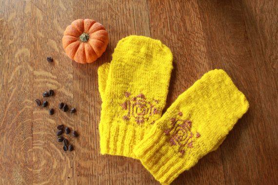Yellow sunshine mittens  hand spun and hand by SoppyKnitsStuff