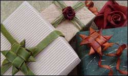 Gift wrapping with flax or fronds.  Beautiful and super eco-friendly