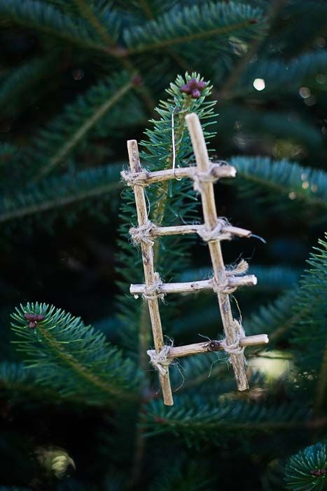 DIY Jesse Tree Ornament - Jacob's ladder - The Ultimate Guide to Making a Jesse Tree: